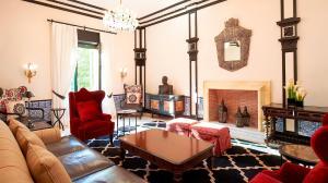 hotel Alfonso XIII Sevilla chimenea de marmol