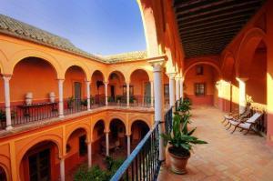 Hotel casa palacio Carmona columnas de marmol
