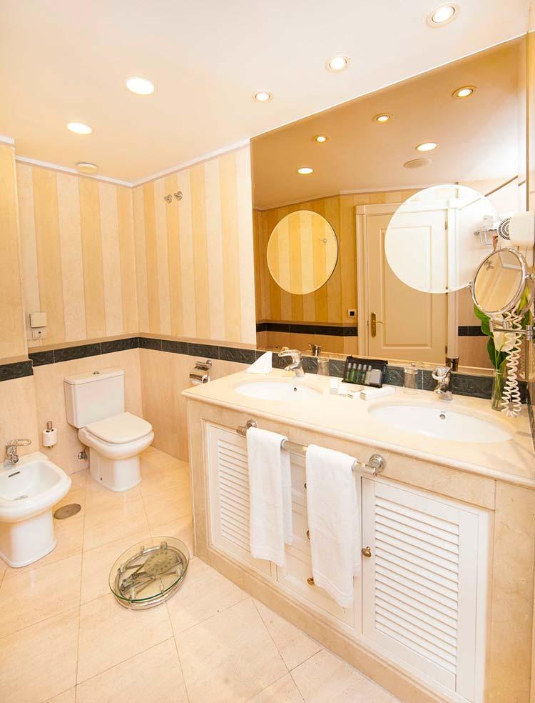 gran hotel guadalpin todo sobre m rmol encimeras de marmol para banos - Baos De Marmol