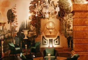 hotel padierna  aplacado marmol olivillo