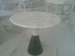 Mesa de mármol 3