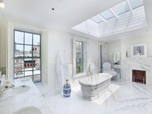 Bañera de mármol